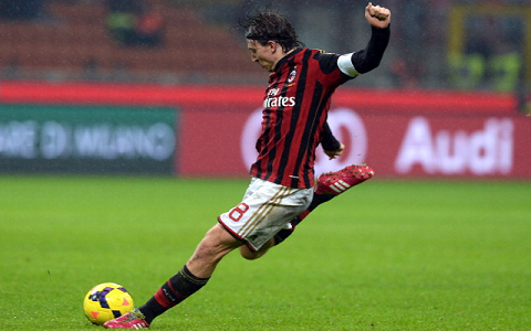 Tuyển Italia cũng chia tay mắt xích quan trọng bậc nhất Riccardo Montolivo vì chấn thương rất nặng