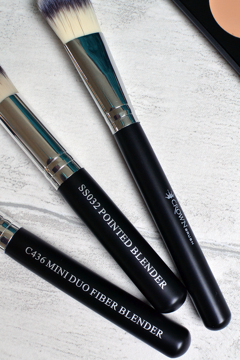 Crown Brush Contour Kit Review | Colours and Carousels - Scottish Lifestyle, Beauty and Fashion blog