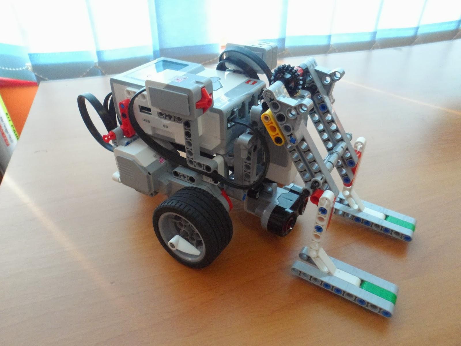 Robotics Education Centre Forklift Ev3