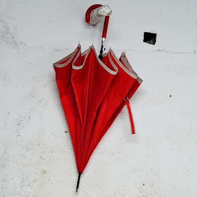 El paraguas de casa Román