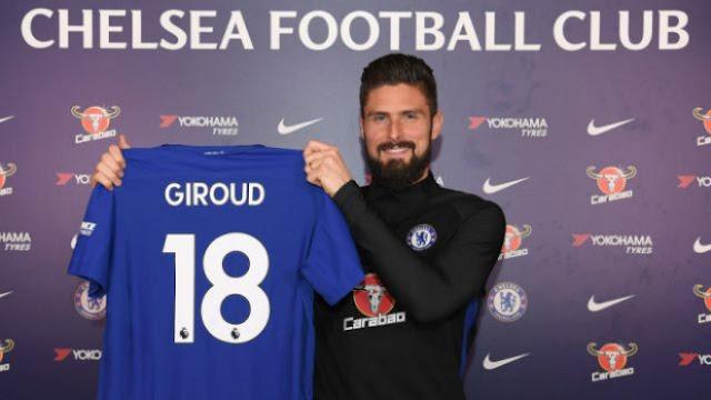 """""""Người dơi"""" Aubameyang đến Arsenal: Mặc áo huyền thoại, Chelsea có Giroud 4"""