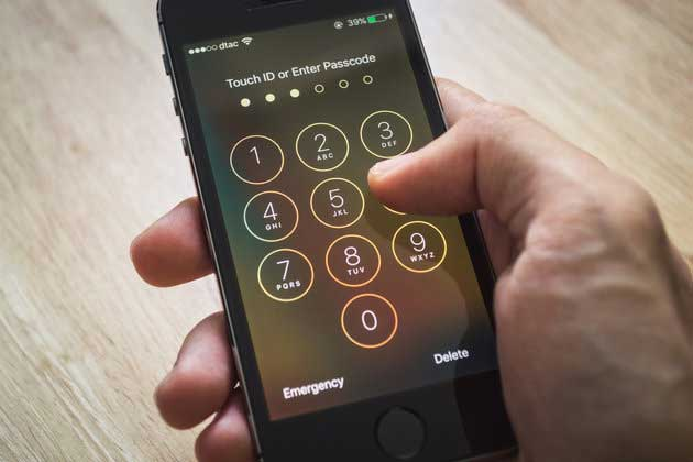 Using Motion Trackers Hackers Can Access Your Phone Pin