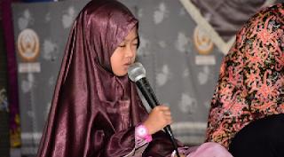 Gadis Cilik 7 Tahun Menjadi Peserta Lomba Musabaqih Hifdzil Quran Di Jakarta