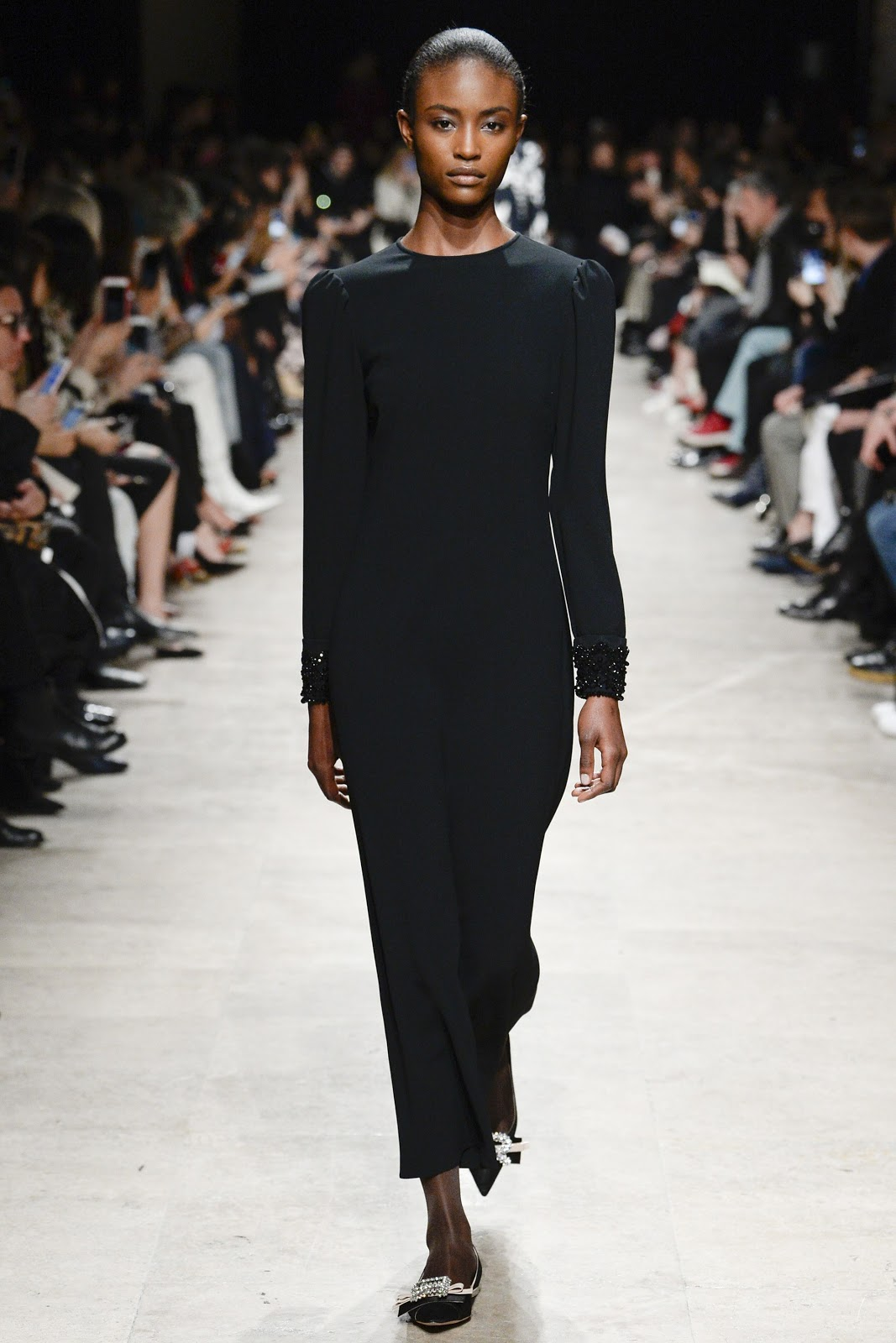 fashion/runway-womens/rochas-fall-2017