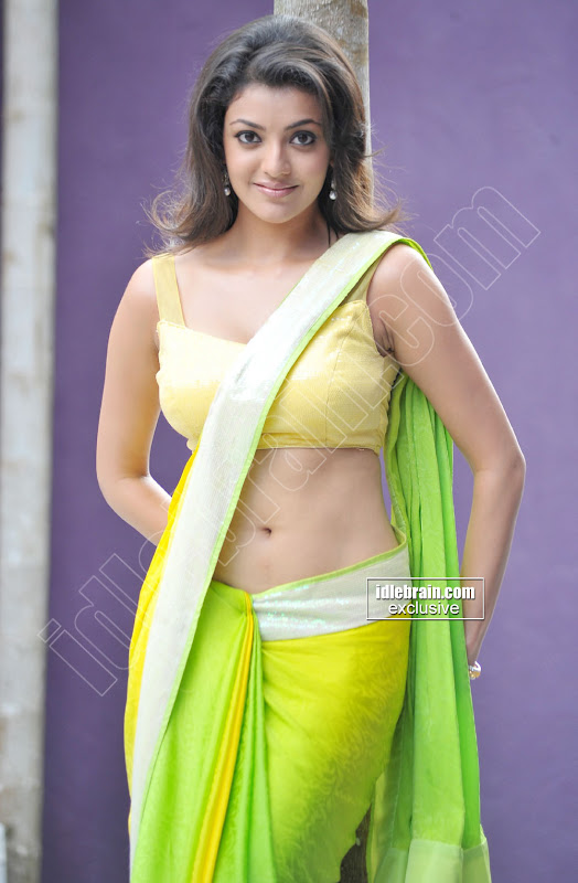 KAJAL spicy navel show in saree