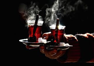 Düzenli çay tüketimi hastalıklara kalkan oluyor