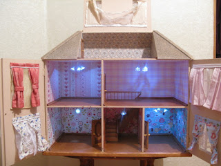 Dollhouse with lights inside
