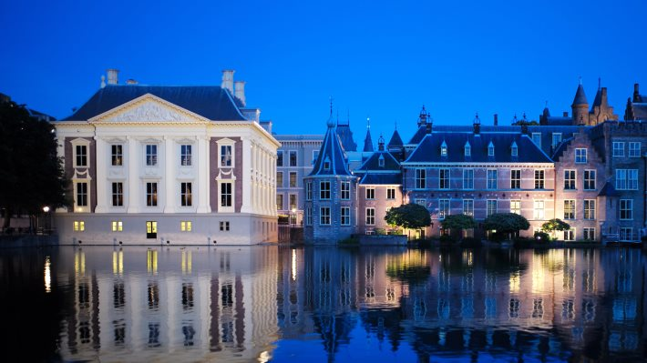 Wallpaper 2: The Hague Blue Hour