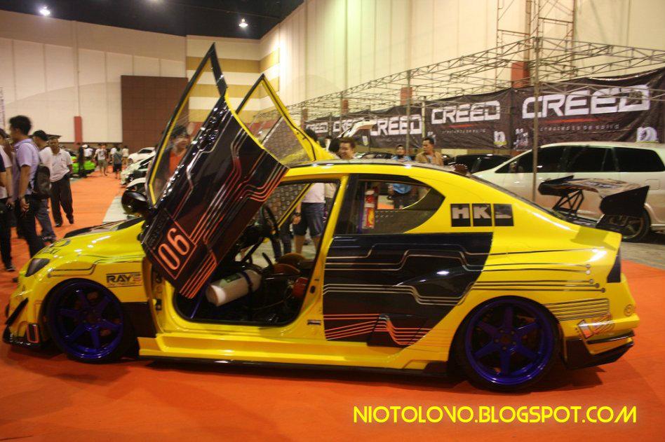 Modifikasi Mobil Honda Civic Sport