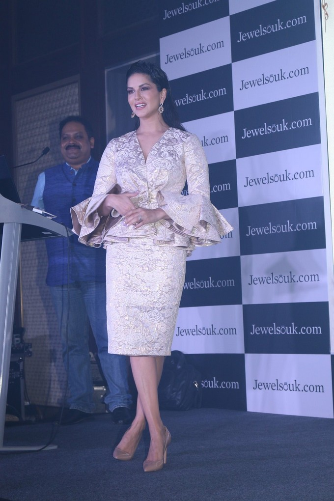 Sunny Leone At Jewelsouk Event Photo Gallery