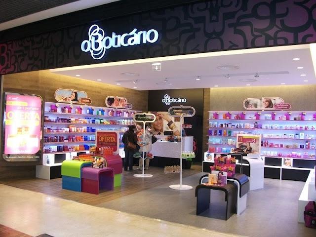 Lojas brasileiras no Porto