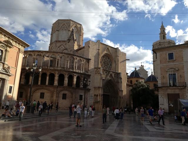 Valencia-piazza-Vergine