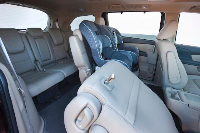 2016 New Honda Odyssey Popular car interior view