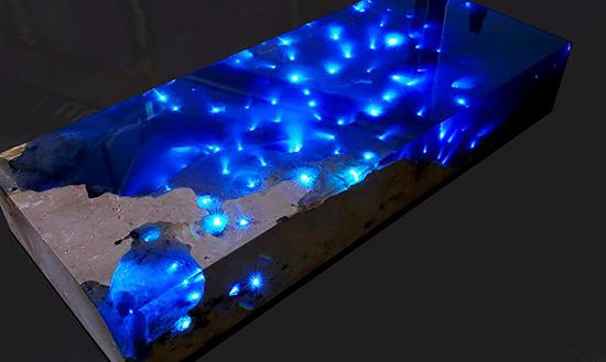 Meja cantik dipenuhi cahaya, kami menyebutnya andromeda table!!!!!