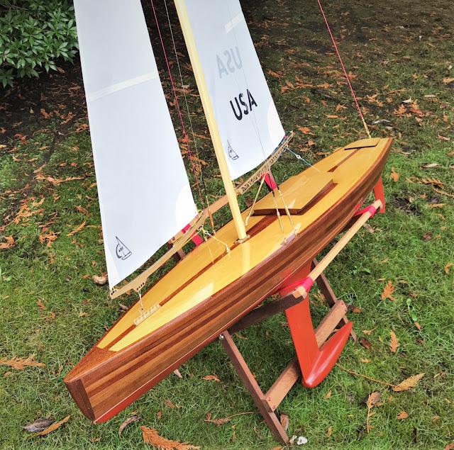 Vintage Marblehead Sun Wind HF wooden radio control sailboat