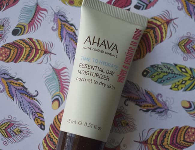 Essential Day Moisturizer de AHAVA