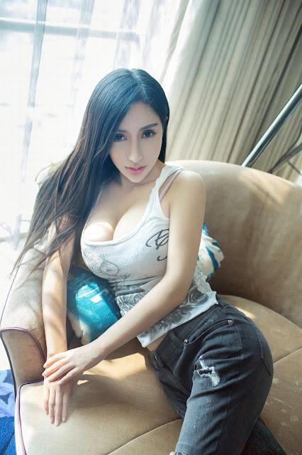 [Image: foto-model-asia-china-toket-gede-01.jpg]
