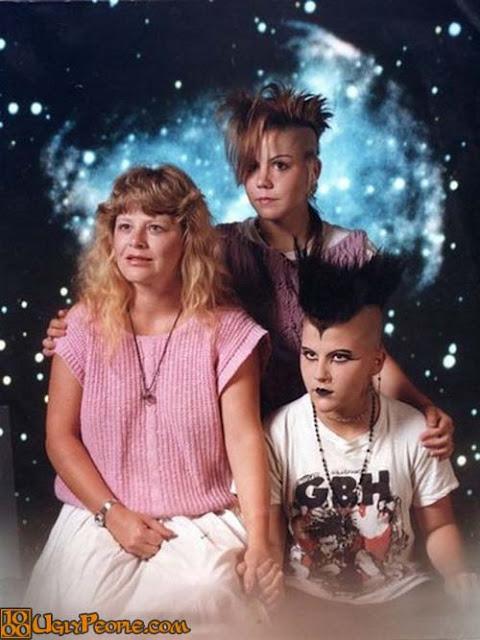 foto keluarga paling unik dan lucu