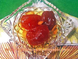 Ντοματάκι γλυκό του κουταλιού - από «Τα φαγητά της γιαγιάς»