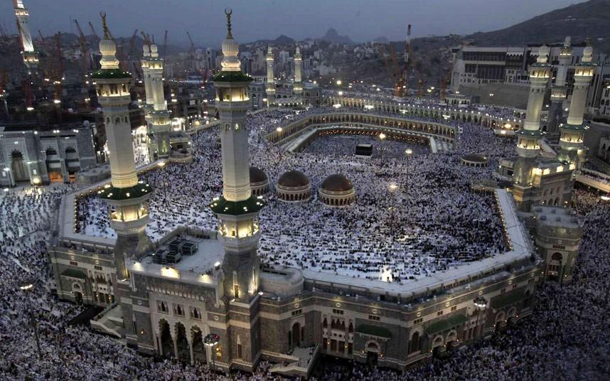 Saudi overhaul reshapes Islams holiest city Mecca - The
