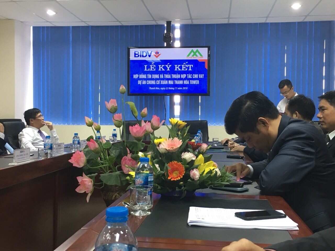 Lễ ký kết hợp đồng tín dụng cho vay dự án Xuân Mai Tower