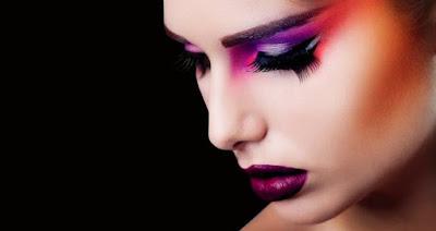 5 Make Up Wanita Yang Dibenci Pria