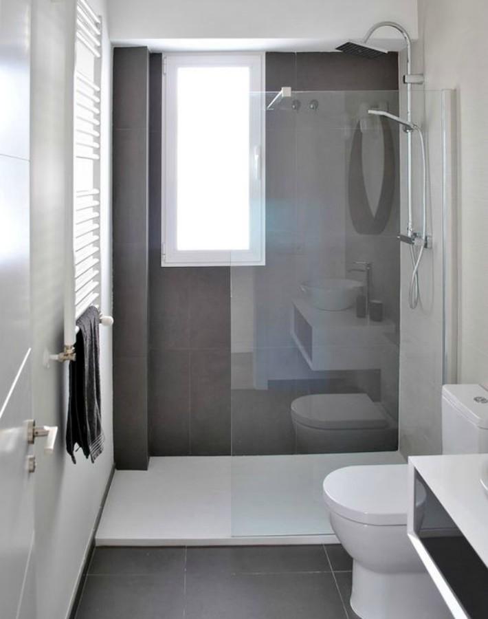 Consejos para decorar un baño o aseo estrecho