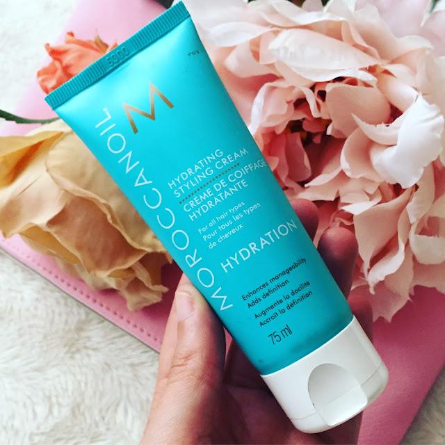 Crema capilar Hydrating Styling Cream de Moroccanoil