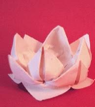 http://translate.googleusercontent.com/translate_c?depth=1&hl=es&rurl=translate.google.es&sl=en&tl=es&u=http://www.origami-fun.com/origami-lotus.html&usg=ALkJrhjuyeWauNTO829-oNtabub2Hz8fSg