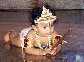 Cute Bal Krishna Asthami Whatsapp DP