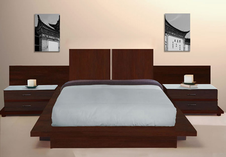 Dormitorio elegante de con una amplia cabecera de cama for Cabeceras de recamaras