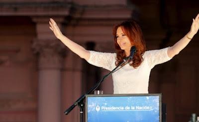 En 10 encuestas Cristina le gana a Macri en primera vuelta y balotaje