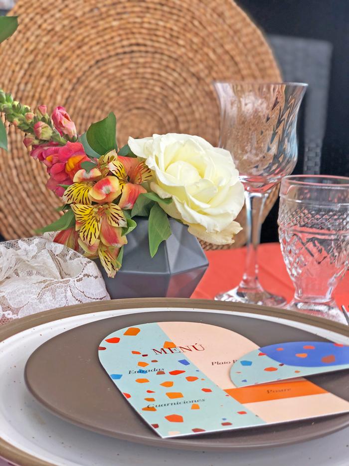 mesa, table set, acción de gracias, thanksgiving, terrazzo, terrazzo inspired, table setting, terrazzo table, terrazo, party planner, tableware, stationery, freebie, free printable