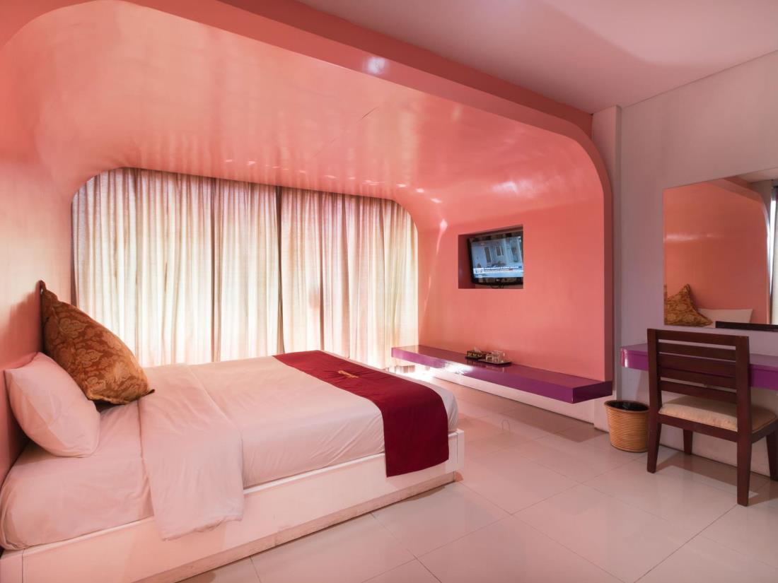 A Residence Kuta Bali 14