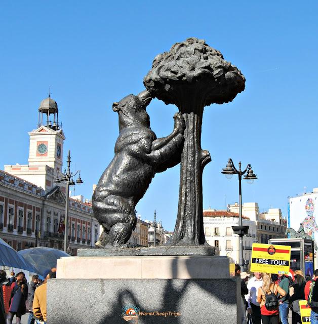 Orso col corbezzolo, puerta del sol, sol, Madrid, cosa vedere a madrid, itinerario a madrid, due giorni a Madrid, blogger madrid