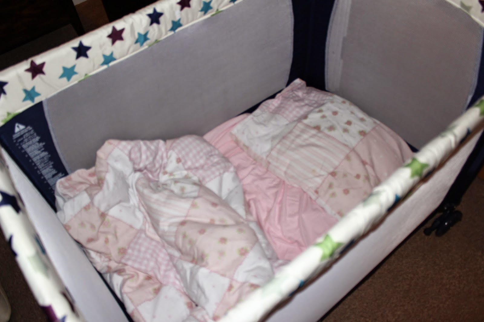 mothercare travel cot instructions