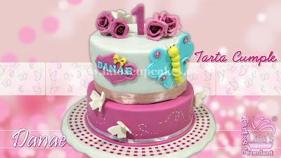 tarta personalizada fondant modelado flores rosas 1 cumpleaños mariposa laia's cupcakes puerto sagunto