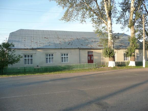 Маршинцы. Дом культуры и библиотека