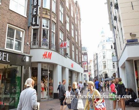 Amsterdam H & M