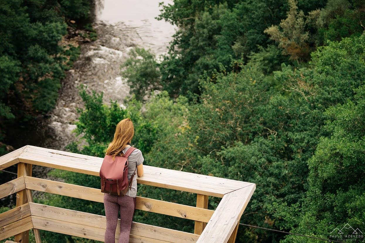 Contemplando o rio Paiva