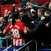 Diego Costa reencontra torcida do Atlético com gol e expulsão em vitória no Espanhol