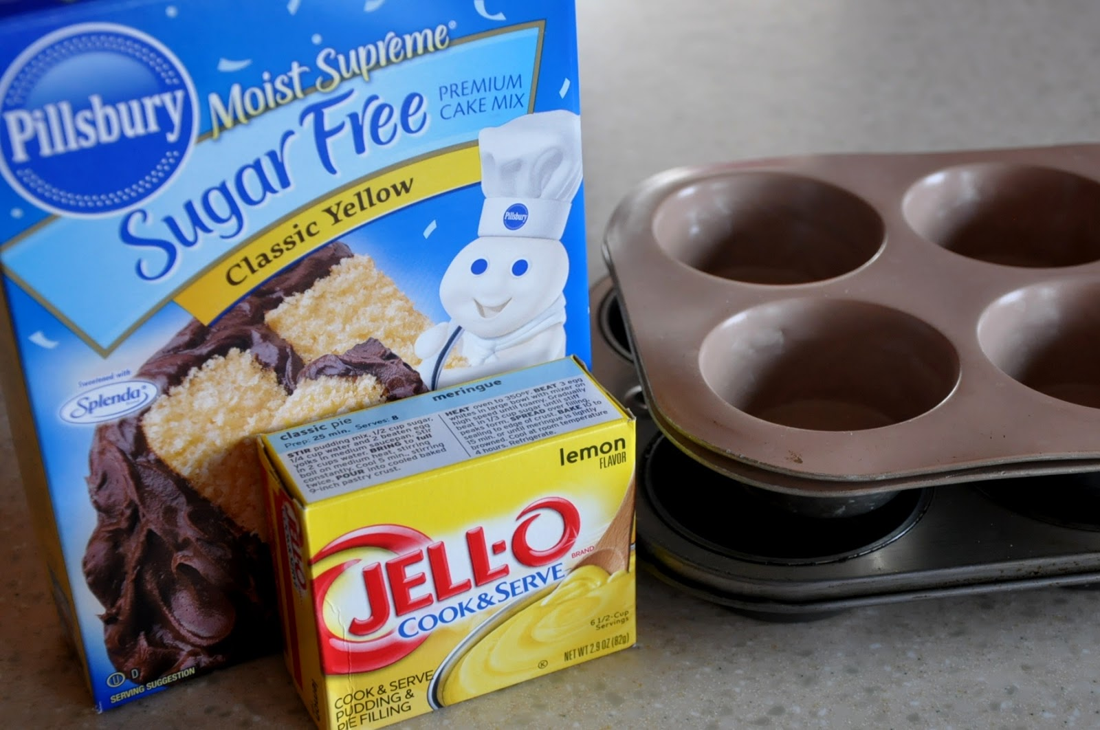 Low Calorie Box Cake Mix Recipes: What's Cooking At Richard's ??: Low-Cal Lemon Pudding Cupcakes