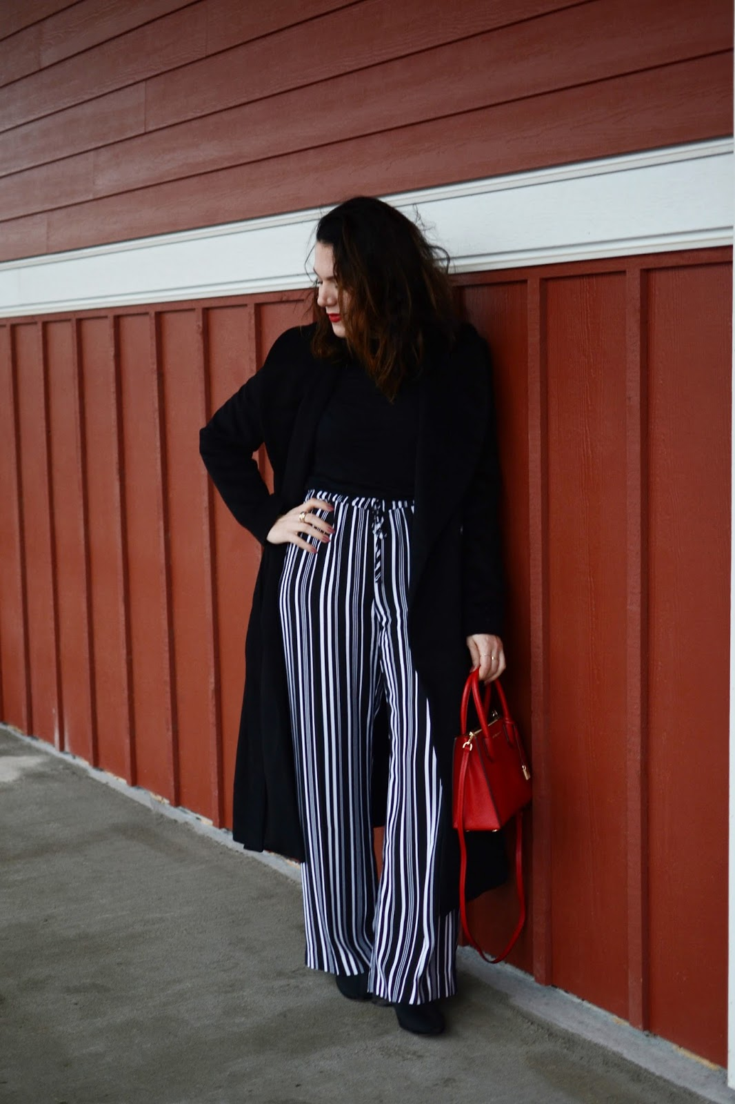 Le Chateau striped pants trousers outfit vancouver fashion blogger aleesha harris