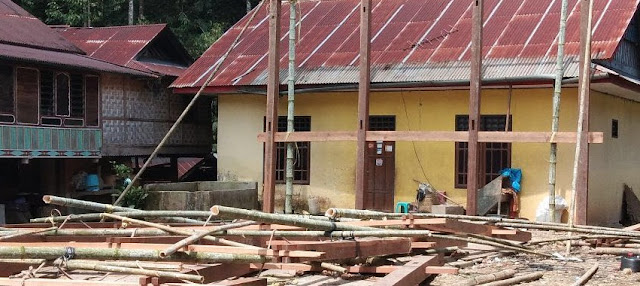 Niat Bantu Dirikan Rumah di Tondon, Maratten Meninggal Tertimpa Tiang