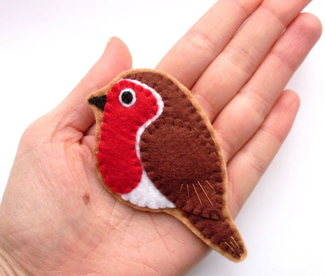 felt robin bird brooch sewing tutorial