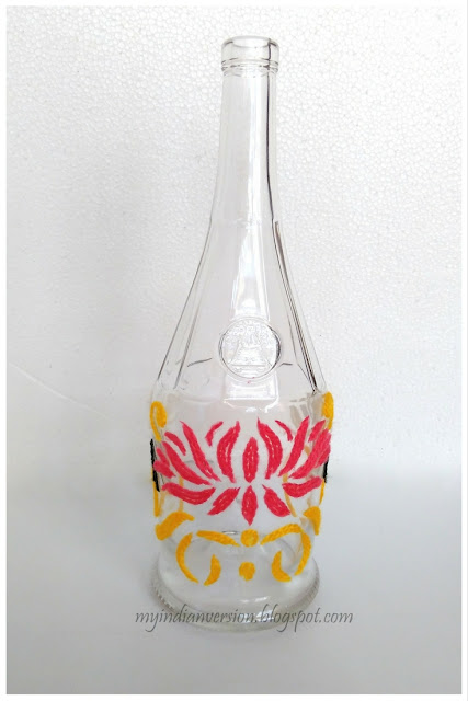 yarn-art-lotus-swirls-on-empty-wine-bottle-myindianversion-blog