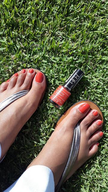 Revlon ColorStay Gel Envy Color + Base 'Long Shot' - www.modenmakeup.com