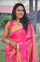 Actress Risha Pos in Pink Silk Saree at Saravanan Irukka Bayamaen Tamil Movie Press Meet  0010.jpg
