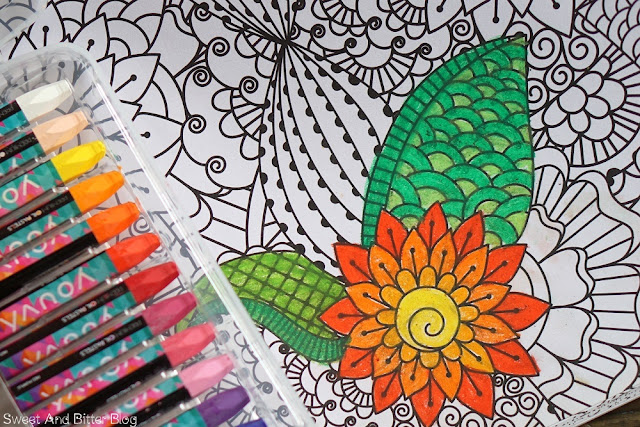 TEDi XL Malbuch für Erwachsene Adult Coloring Book Delhi Stationery Fair