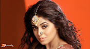 Poorna Telugu Actress-thumbnail-8